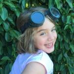 green-goggles-dark-4